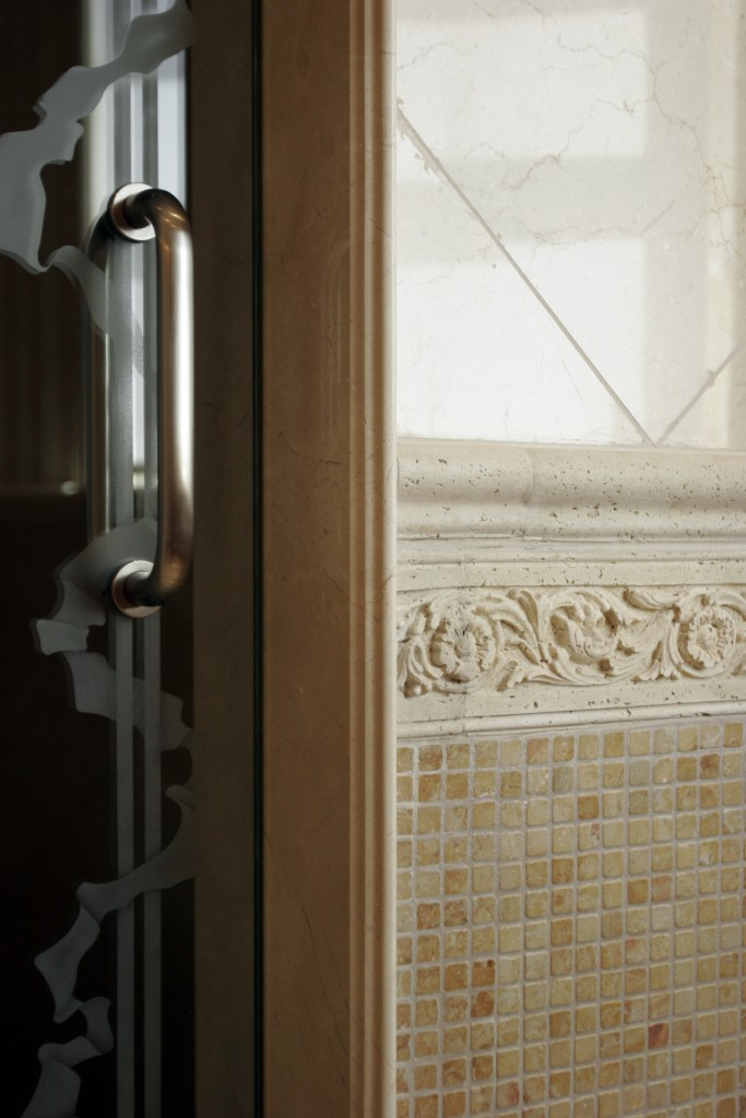 Girl's Bathroom Detail